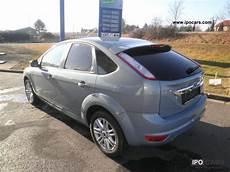 2009 ford focus 2 0 tdci ghia car photo and specs