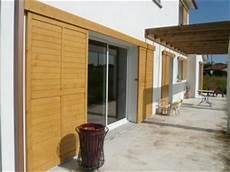 renovation volet bois volet coulissant en bois pour maison individuelle