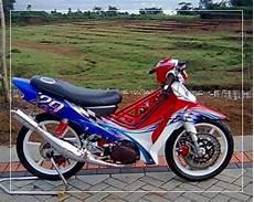 Modifikasi Motor Fiz R Standar by Foto Modifikasi Fiz R Drag Bike Road Race Airbrush Velg