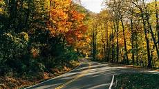 plan your fall foliage journey on tennessee s beautiful byways tennessee vacation