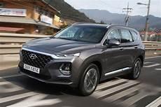 new hyundai santa fe 2018 review pictures auto express