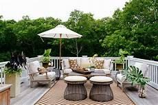 Desain Taman Minimalis Untuk Balkon Rumah Idaman Yang Hijau