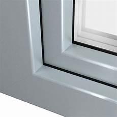 fenetre pvc gris clair fen 234 tre pvc gris argent ral 7001 pour un design 233 l 233 gant