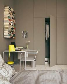 kleine schlafzimmer schränke mehr platz gro 223 e ideen f 252 r eine kleine wohnung kleines