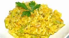 ricetta per risotto ai fiori di zucca risotto ai fiori di zucca e zucchine 4k risotto