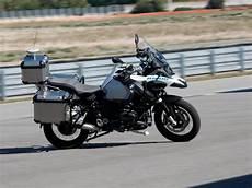 Bmw Motorrad R 233 Fl 233 Chit 224 Une Moto Autonome Sciences Et