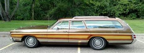 1973 Chrysler Town & Country Station Wagon Clean Rust