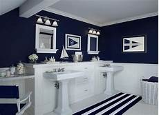 paint color for small bathroom with little natural light