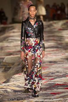mcqueen at fashion week spring 2017 livingly