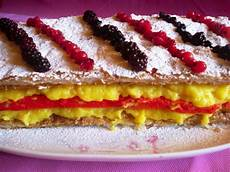 crema pasticcera in frigo dolc mania diplomatico con crema pasticcera e frutti di bosco