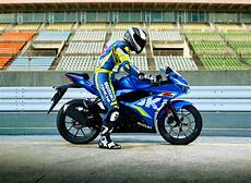 suzuki gsx r125 motorcycle is top of the 125cc class