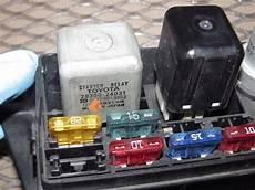 85 300zx fuse box 85 86 toyota mr2 oem engine fuse box autopartone