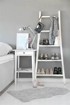 Schuhe Verstauen Wenig Platz - die holzleiter als moderner teil des interiors