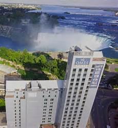 book oakes hotel overlooking the falls niagara falls canada hotels com