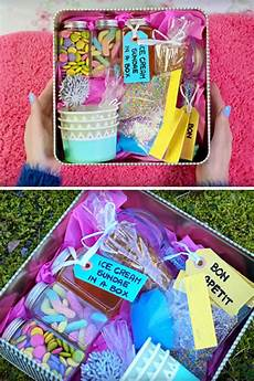 best diy gifts for friends easy cheap gift ideas to