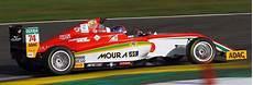 dekra le mans mais jovem piloto da academia enzo fittipaldi disputa f4 alem 227 e italiana pela equipe