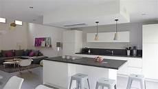 deco a vivre avec cuisine ouverte cuisine ouverte bois maison parallele