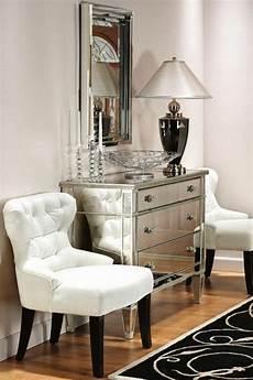 kommode mit spiegel 45 wohnideen f 252 r kommode mit spiegel verleihen schein und