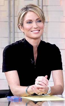 amy robach haircut amy robach cuts hair short to take control away from breast cancer watch now e news