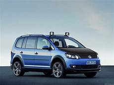 2011 Volkswagen Touran Ii Cross Pictures Information