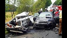 Unfall A 4 - and stupid audi crash compilation