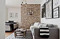 deco carreaux de ciment briques palettes et carreaux de ciment dans un studio