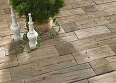 Bahnschwellen Beton Holzoptik - bahnschwellen holzoptik sind aber aus beton als