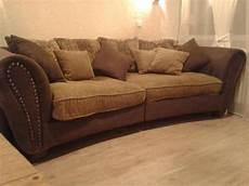 vintage big sofa braun beige mit nieten in kaarst