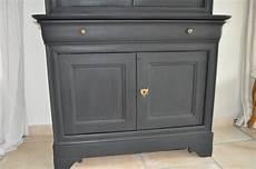 peinture pour meuble en bois bois et patines nathalie madrenes buffet patine noir