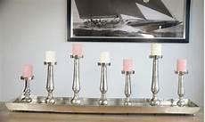 Kerzenständer Silber Modern - kerzenhalter kerzenst 196 nder auf tablett aluminium silber