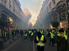Avignon Gilets Jaunes Gaz 233 S Medias Presse Info