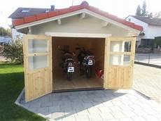 kleine garage für motorrad gartenhaus carport mit gro 223 er t 252 re motorrad
