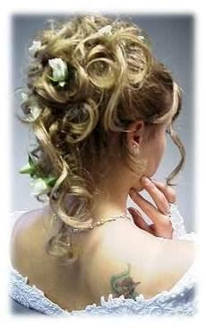 Frisuren Locken Halb Hochgesteckt Sch 246 Nes Goldenes Haar