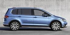 Third Generation Volkswagen Cross Touran Rendered