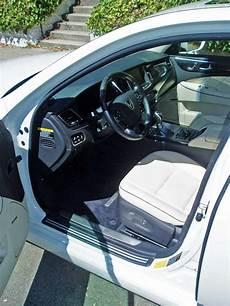 hayes auto repair manual 2013 hyundai equus parking system 2014 hyundai equus ultimate test drive our auto expert