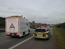 Kilometerlanger Stau Nach Unfall Auf A20