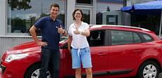 www wir kaufen dein auto de so verkauft sein auto heute