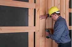 Vorgeh 228 Ngte Hinterl 252 Ftete Holzfassade