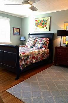 Bedroom Ideas For Guys With Big Rooms by A Navy Blue Sleigh Bed Big Boy Furnishings And Bedding