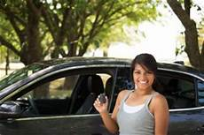 lowest car insurance for drivers drivers cheap car insurance insure on the spot