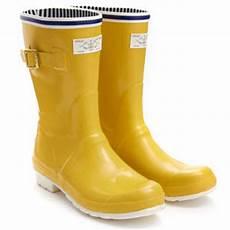Gelbe Gummistiefel Damen - hochwasserschutz dank gummistiefel at