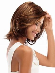 16 striking layered hairstyles for medium length hair circletrest