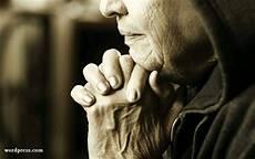 Gambar Orang Berdoa Kristen Hd