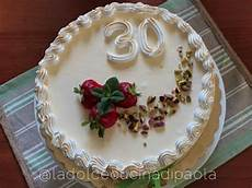 bavarese alla vaniglia massari la dolce cucina di paola charlotte con bavarese alla vaniglia con fragole