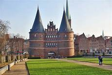 place lübeck l 220 beck the day trip from hamburg you should go