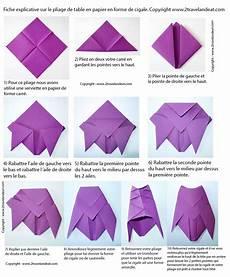 comment plier des serviettes de table en papier pliage de serviette de table en forme de cigale r 233 aliser