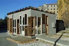 haus aus müll officina roma villa aus m 252 ll berliner architekten bauen