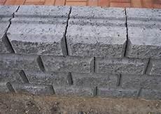 beton mauersteine preise betonsteine mauersteine kleinster mobiler gasgrill