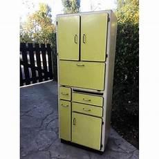 meuble cuisine vintage occasion meuble cuisine vintage formica jaune 1950 1970 achat