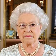 königin elisabeth 2 elizabeth ii steckbrief bilder und news web de